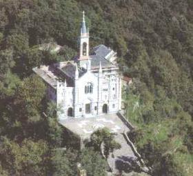Veduta aerea del Santuario di Montallegro