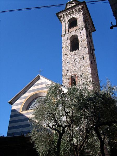 torre civica e chiesa