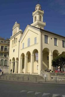 La facciata del monastero delle Clarisse