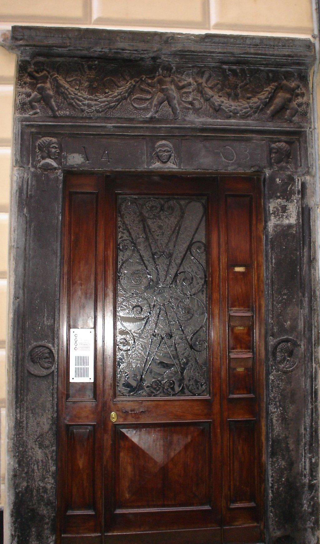 portale in ardesia